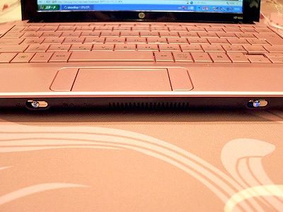 HP Mini 110 淡紅藤の写真